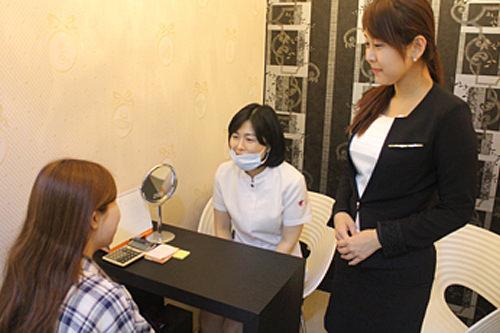 日本語コーディネーター同伴でカウンセリングできるので安心