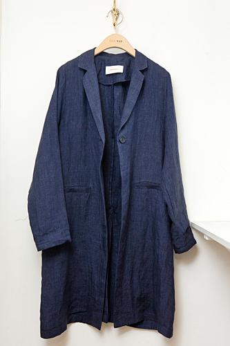 リネン素材でナチュラルな装いジャケット 168,000ウォン