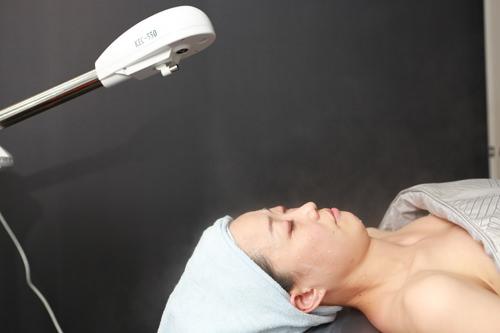 3.O2ミスト酸素をたっぷりと含んだミストで肌に潤いを与えます。