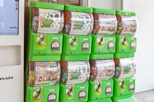日本でおなじみのガチャガチャも。500ウォン玉を4枚入れる1回2,000ウォン