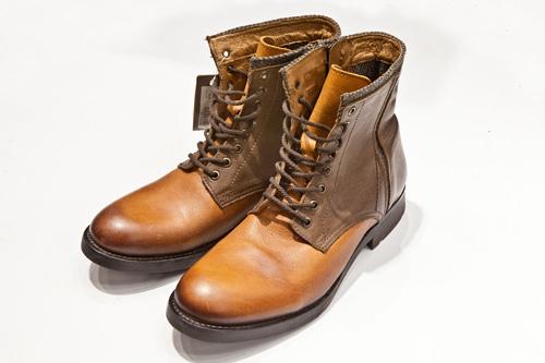 ブーツ159,000ウォン