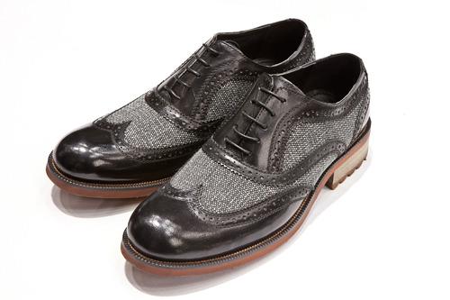革靴99,900ウォン