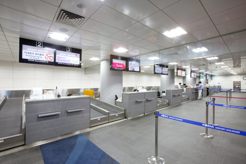 空港鉄道A'REXソウル駅内にあるソウル駅都心空港ターミナルチェックインカウンター(地下2階)