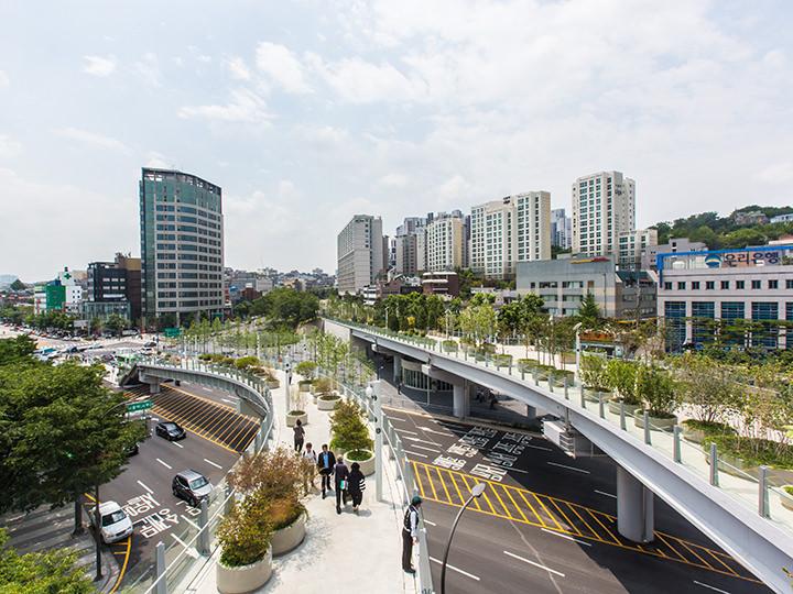 ソウル駅に新しくできたソウル路  | もちの韓国 …