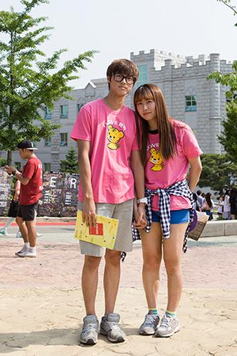 学園祭高麗(コリョ)大学カップルはペアのタイガーTでキメる!リウォンさんカップル5/30 高麗大学