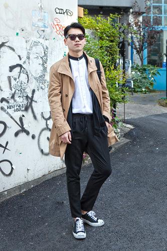 ツーブロックカルマサイドを刈り上げたツーブロックの7:3分けブームが到来!前髪をおろしたダンディヘアを好んでいた韓国男児たちに変化が。サンボさん(26歳、会社員)11/7 弘大