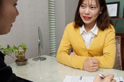4.韓薬の説明日本語コーディネーターが処方された韓薬の服用方法と注意点を説明。