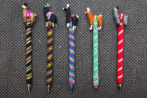 一つ一つ柄の違うラマのペン(ボリビア産)各4,000ウォン
