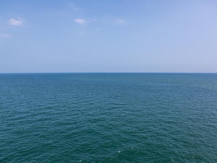 広い海を一望できます