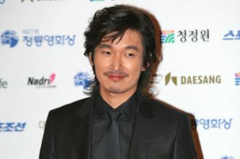 俳優チョ・スンウ / 警察広報団2010年10月23日除隊