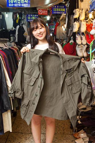 旅行で来ました!古着やプチプライスで可愛いものがないかな~と探しに来ます。ゲットしたこのジャケットは10,000ウォン!
