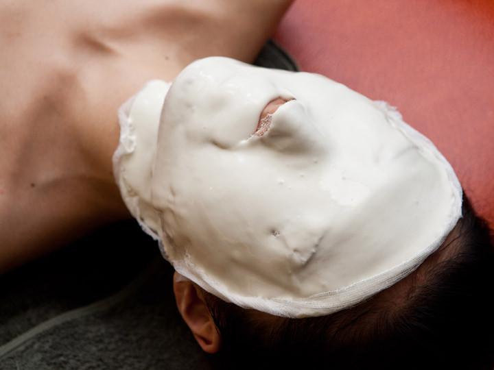 6.肌タイプ別再生モデリングパックビタミン・コラーゲン・美白・鎮静など肌に合わせたモデリングパックで、潤いを閉じ込めます。