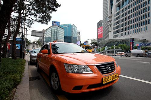 深夜0時以降は20%割増するも、基本料金3,600ウォン(一般タクシー)で格安!