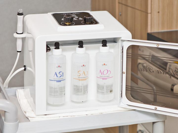 3種のアクアウォーターで肌の洗浄と栄養補給を一度に