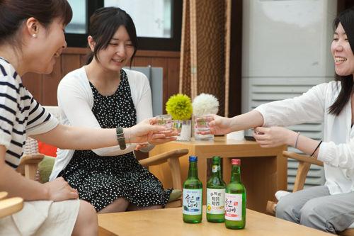 アルコール度数低めで飲みやすく、女子会にぴったり