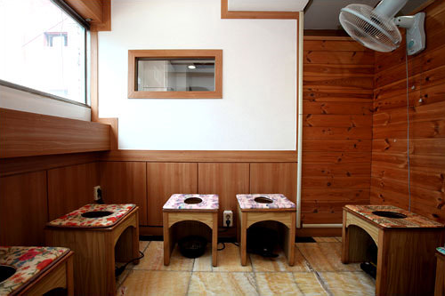 女性用ヨモギ蒸しスペース(6階)