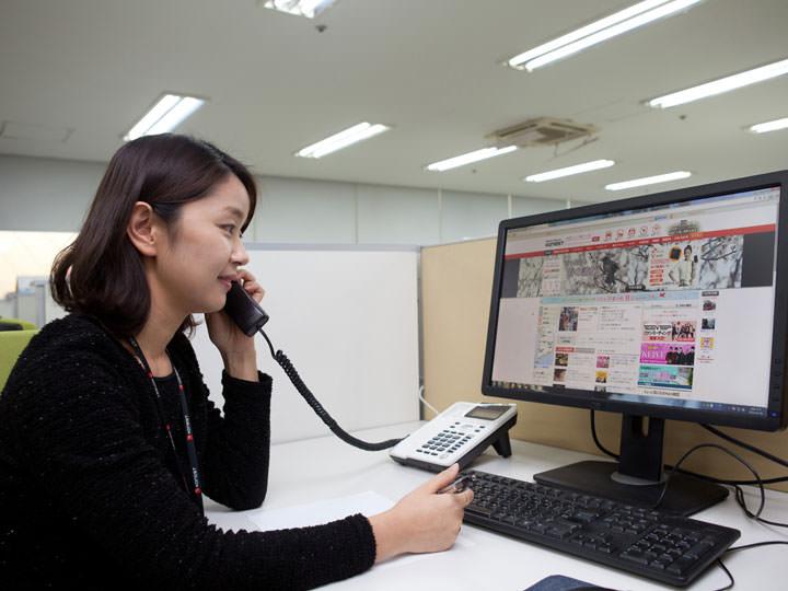 日本へは電話調査を実施
