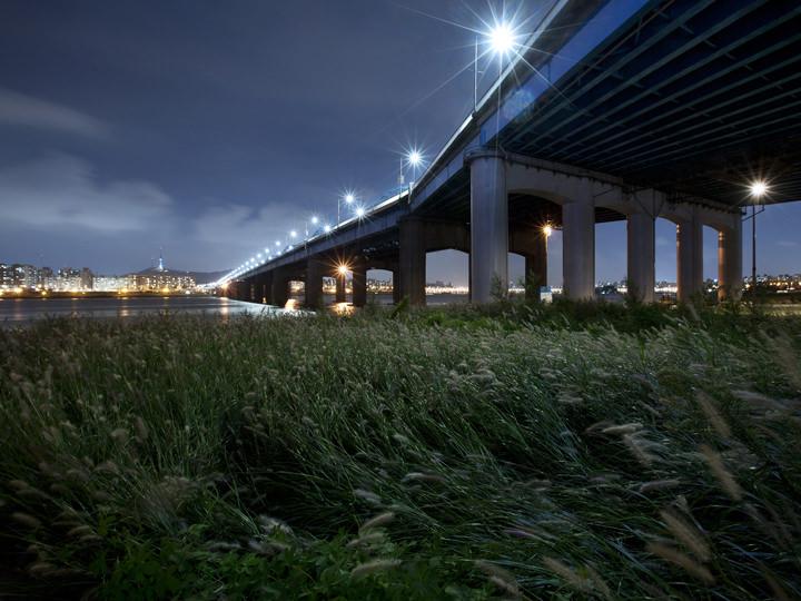 夜の漢江はまた違う雰囲気