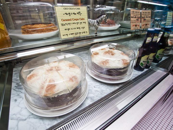 人気二番手のキャラメルクレープケーキもぜひ