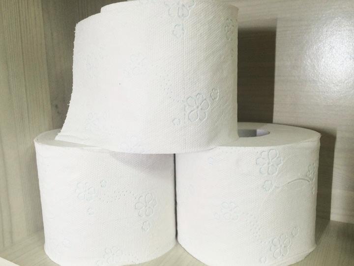 トイレットペーパー生理用品・ホッカイロと同じく日本より高いです!30個入りで10,000ウォン程。