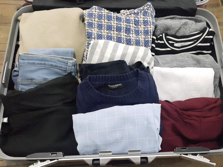 洋服毎日着るものだからとたくさん用意しましたが、留学中に服がたくさん買いたくなるので、あえて持ってくるのであれば着回しができる服をオススメします。たくさん持ってくると保管できなくなる恐れも(笑)。