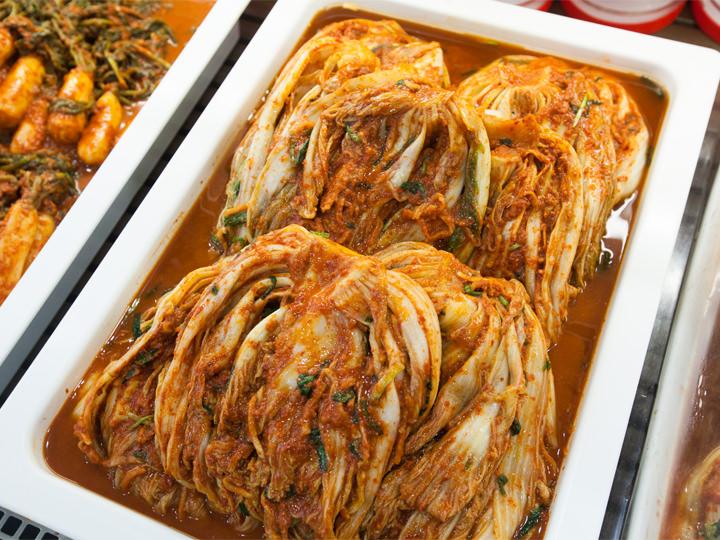定番のぺチュキムチ(白菜キムチ)