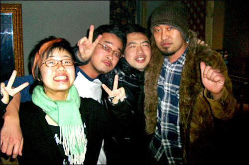韓国で出会った友人達と