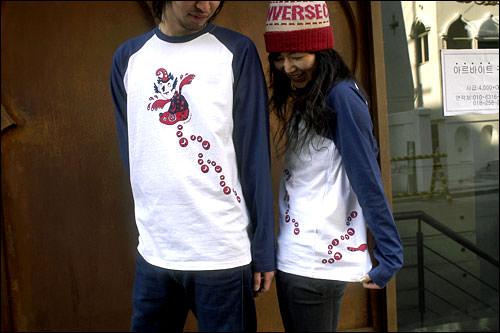 3月初めに発売予定のTシャツ