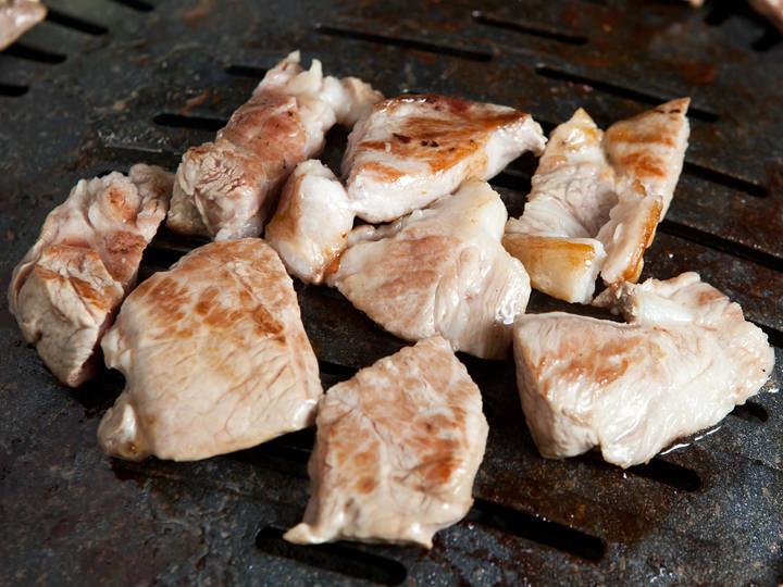 首肉は柔らかくあふれる肉汁がたまらない部位