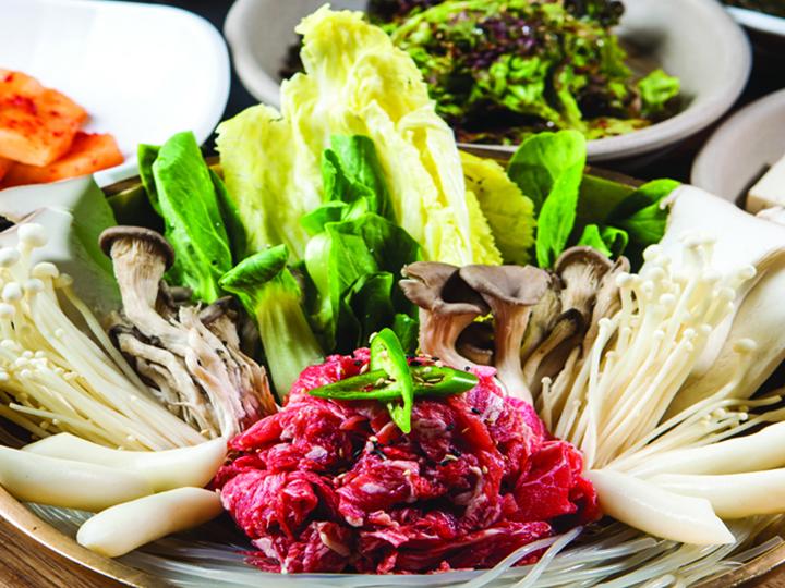 韓牛ときのこの寄せ鍋 1人分 15,000ウォン