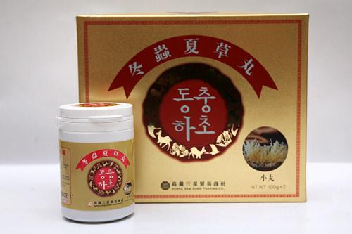 古くから民間薬として用いられてきた冬蟲夏草(トンチュンハソ)