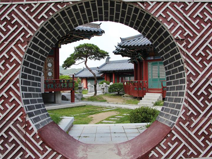 施設写真は「龍仁大長今パーク」の提供によります。