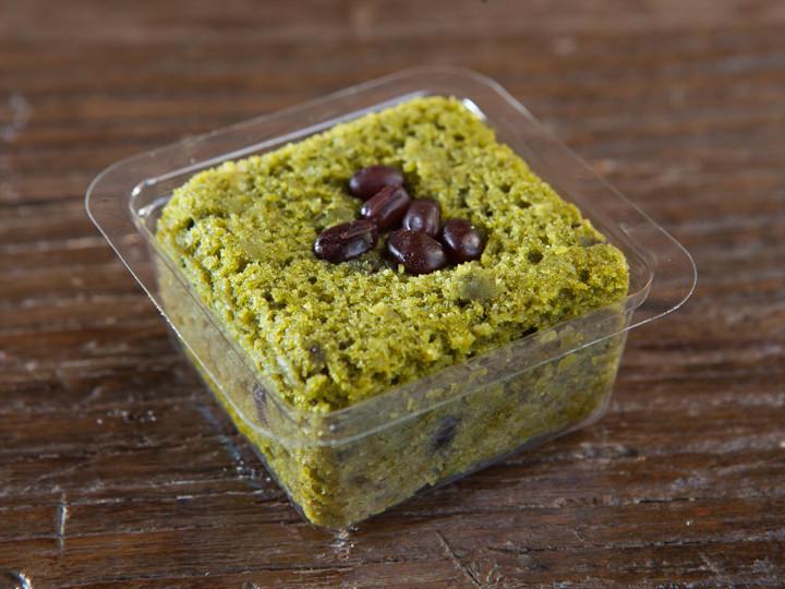 宝城(ポソン)産緑茶を使った緑茶豆腐ブラウニー