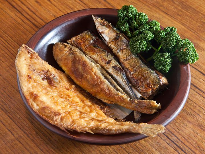 違う種類を楽しめる焼き魚