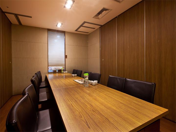 10名~予約できるテーブルタイプの個室