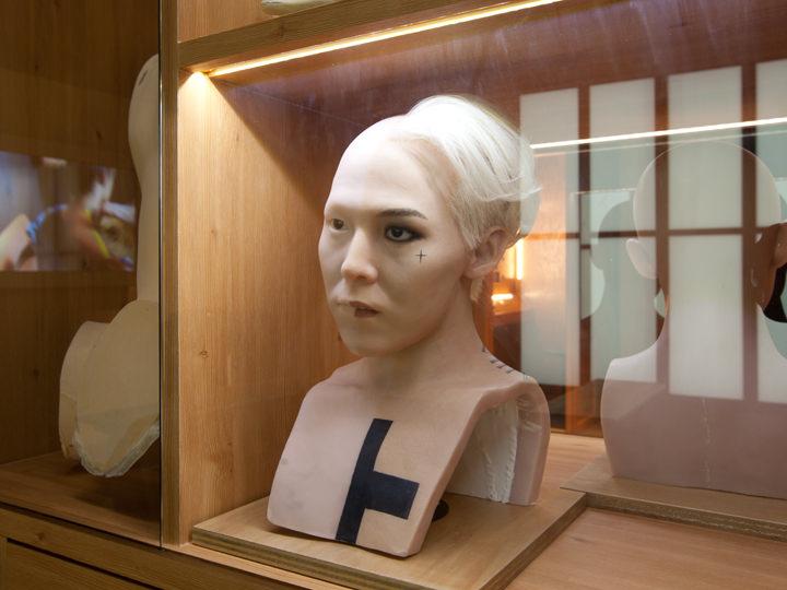 G-DRAGONの蝋人形の制作過程