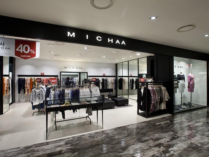 かっちりとしたジャケットやスーツに強い「MICHAA」
