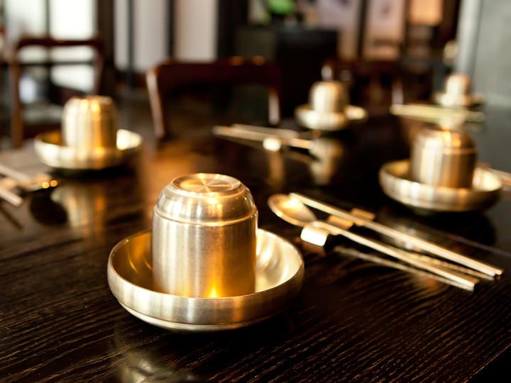 品格のある韓国伝統食器