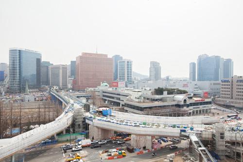 ソウルの新名所を空中散歩「ソウル路(ソウル …